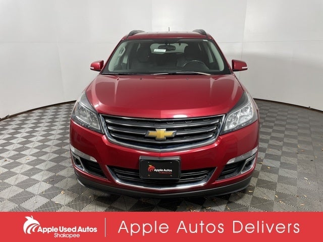 Used 2014 Chevrolet Traverse 1LT with VIN 1GNKVGKD3EJ312289 for sale in Apple Valley, Minnesota