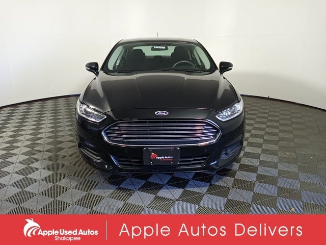 Used 2016 Ford Fusion SE with VIN 3FA6P0H71GR224871 for sale in Apple Valley, Minnesota
